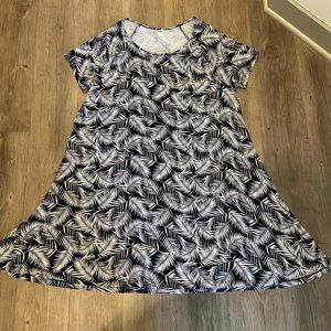 Old Navy palm swing dress